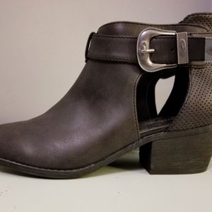 American Eagle (pewter) Booties
